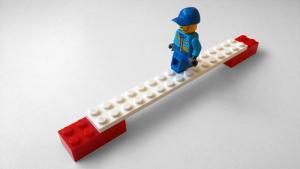 Free Lego Cross the Bridge Photo